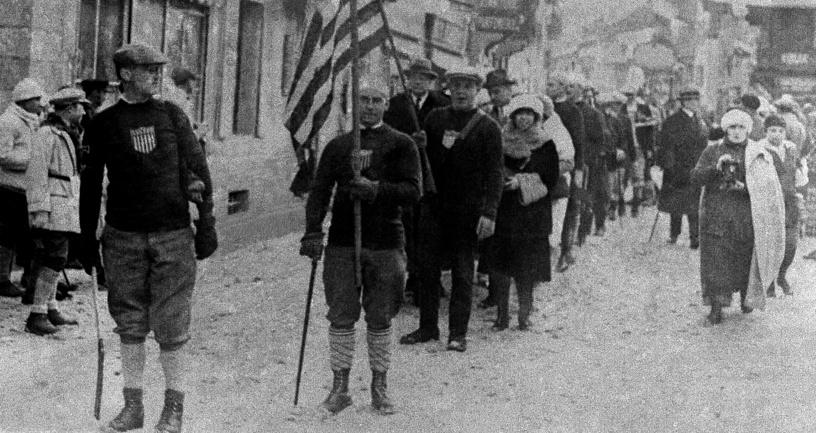 Болельщики и спортсмены США на зимних олимпийских играх в  Шамони, 1924 год