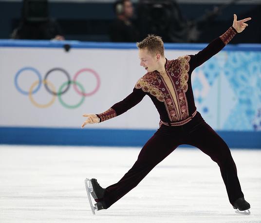 Шведский фигурист Александр Майоров (83.81)