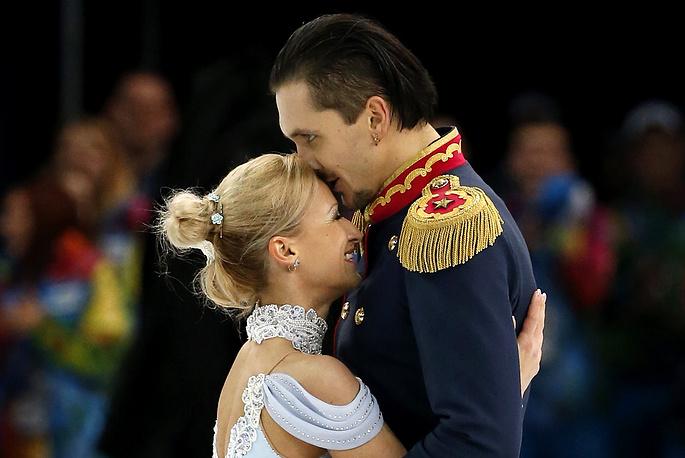 Двукратные олимпийские чемпионы Игр-2014 Татьяна Волосожар и Максим Траньков начали совместную спортивную карьеру в 2010 году. Пара представляет яркий дуэт не только на льду, но и в жизни