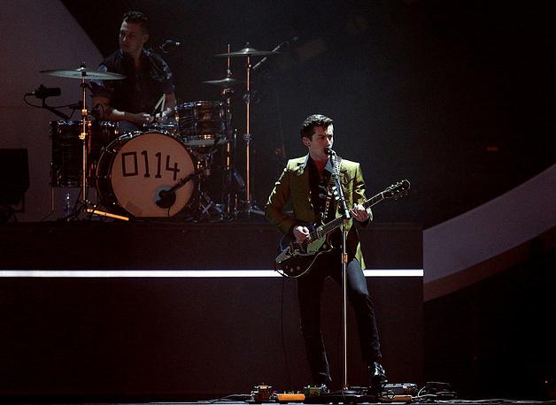 Выступление Arctic Monkeys