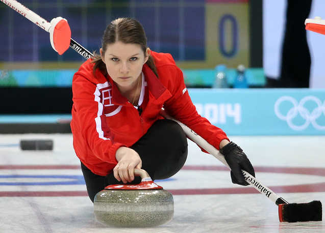 Датчанка Лене Нильсен (27) – участница Олимпийских игр в Ванкувере в 2006 году, дважды бронзовый призер чемпионатов Европы. На Олимпиаде в Сочи Нильсен была знаменосцем национальной сборной