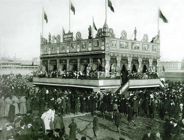 Масленичное гулянье на Семеновском плацу К. К.Булла. петербург, Конец XIX – начало XX века.