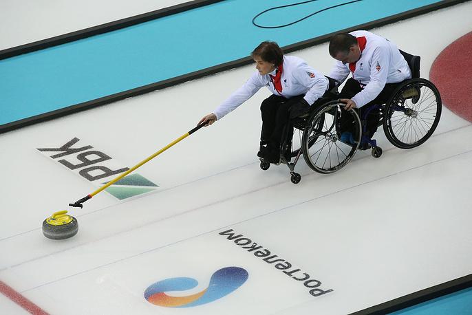 В матче девятой сессии группового этапа россияне выиграли у команды Великобритании со счетом 11:2