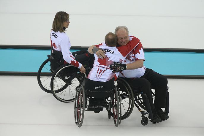 Керлингисты сборной Канады
