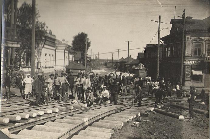 Строительство первой линии трамвая в Перми. 1929 год