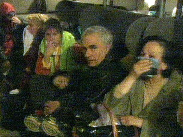 Жертвами бомбардировок стали более 2 тыс. мирных граждан и 1 тыс. военнослужащих, более 5 тыс. человек получили ранения, пропали без вести более тысячи человек. На фото: жители Белграда укрываются от авиаударов, 26 марта 1999 г.