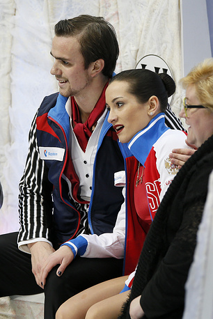 По итогам короткой и произвольной программ россияне набрали 215,92 балла