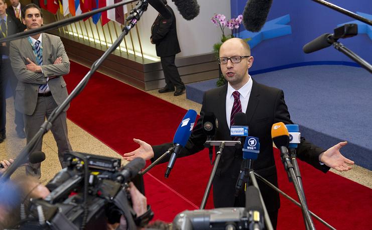 Назначенный Верховной радой премьер-министр Арсений Яценюк