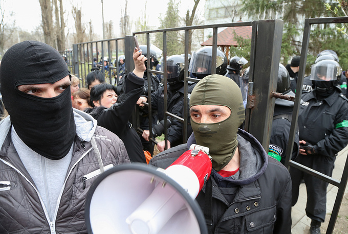 В Киевском районном суде Харькова прошло заседание, на котором судьи избирали меру пресечения задержанным в ходе освобождения здания Харьковской областной госадминистрации