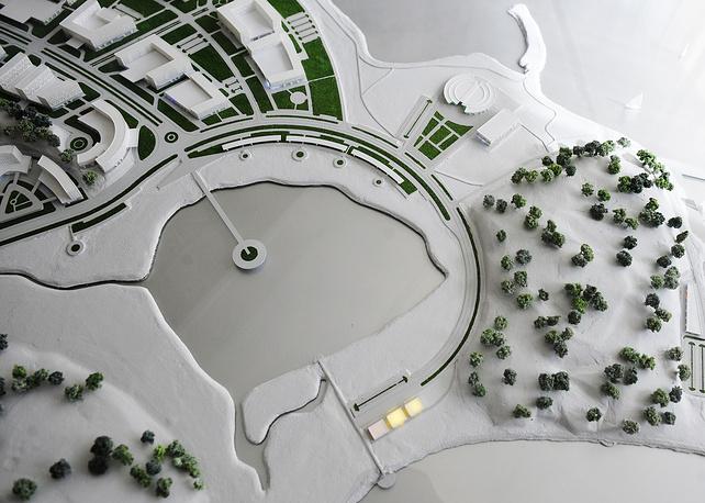 """До 2022 года помимо развлекательных центров и казино предполагается возвести 16 отелей разных категорий, горнолыжную трассу и другие объекты. На фото: макет игорной зоны """"Приморье"""""""