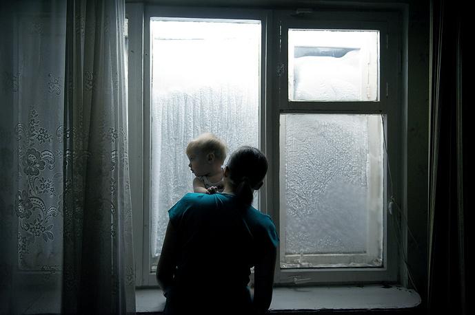 Третье место / Повседневная жизнь/  Серии. Норильск, город на севере России с населением более 175,3 тыс. человек, — второй по величине (после Мурманска), расположенный за полярным кругом. Он также входит в десятку самых загрязненных городов мира