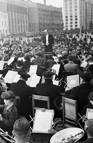 Концерт в День Победы на Манежной площади, 9 мая