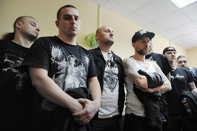 Участники группы Behemoth во время заседания Октябрьского районного суда