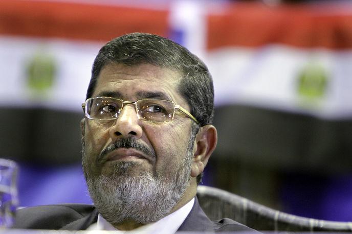Пятым президентом Египта был избран Мухаммед Мурси (30 июня 2012 года - 3 июля 2013 года). Проводимая Мурси политика исламизации вызвала протесты по всей стране