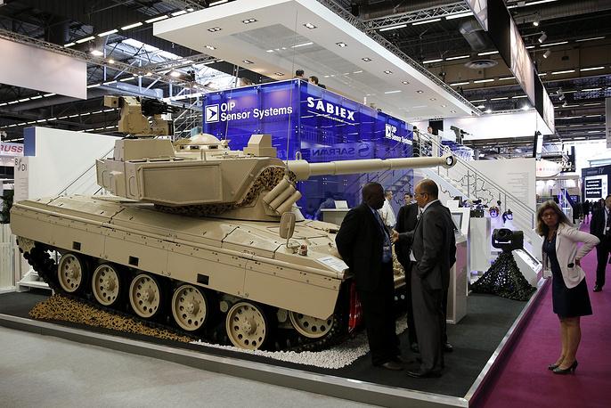 Стенд с танком бельгийской фирмы Sabiex