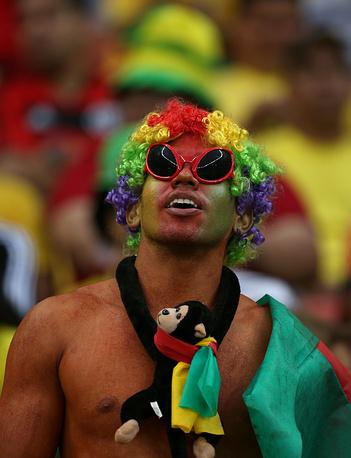 Фанат сборной Камеруна
