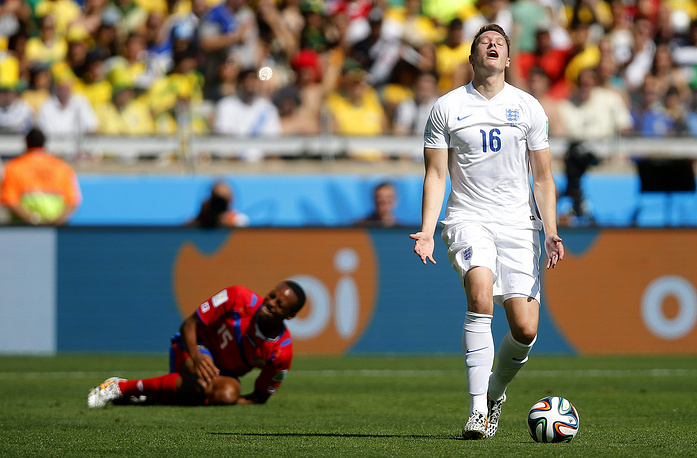 Защитник сборной Англии Фил Джонс считает, что он сыграл по правилам