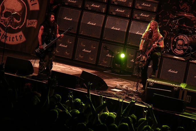 """Джон """"JD""""  Десервио и Закк Уйайлд  во время выступления группы Black Label Society в Санкт-Петербурге"""