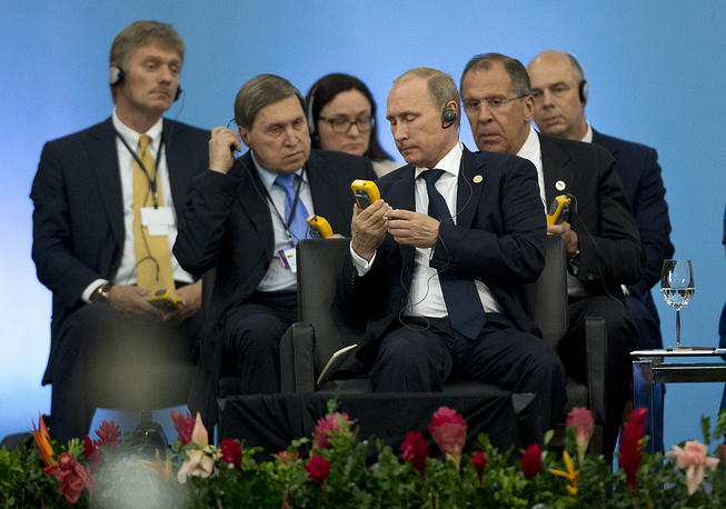 Россия подготовила проект стратегии многостороннего экономического сотрудничества стран БРИКС, заявил Владимир Путин