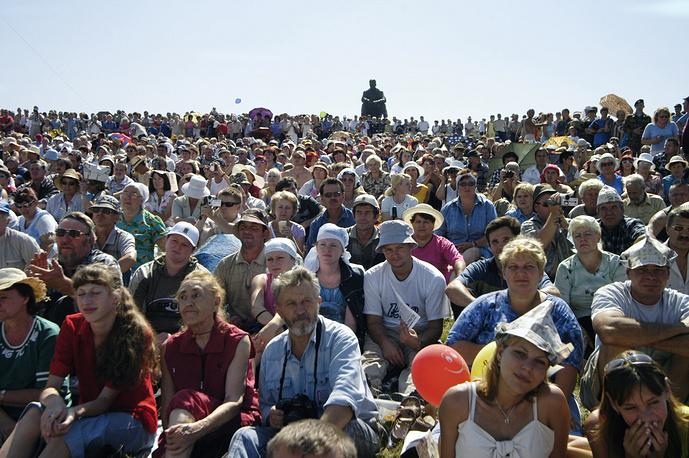 В этом году фестиваль проходит с 22 по 26 июля и завершится масштабным концертом на горе Пикет