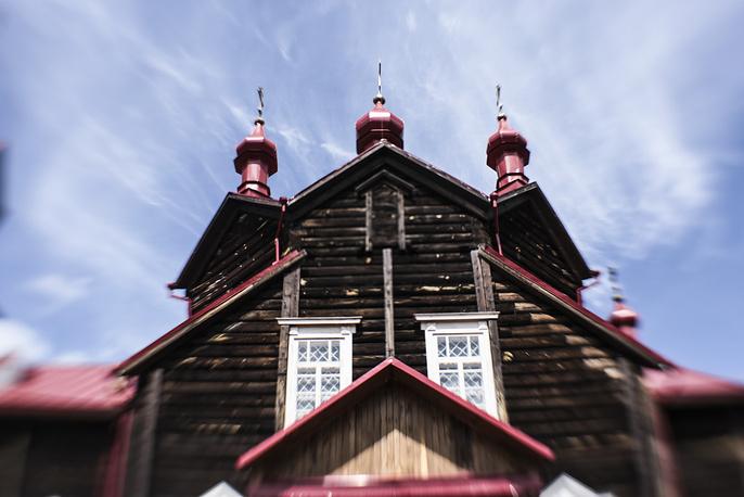Храм Серафима Саровского в селе Турнаево Болотнинского района. Был заложен в 1912 году и освящен в 1914 -м. Единственный в Сибири храм, который носит имя этого святого