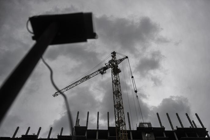 Достроить микрорайон обещают к лету 2016 года. К проблеме подключилась мэрия Новосибирска