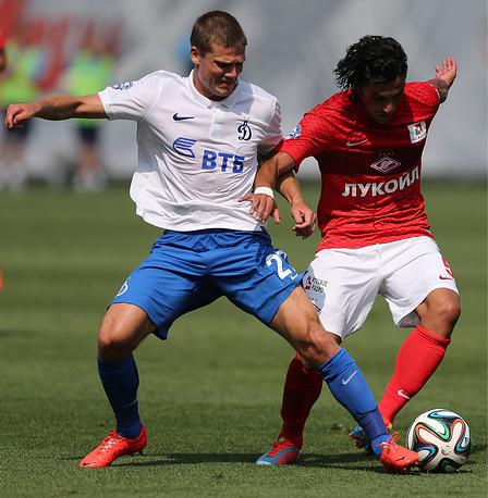 Динамовец Игорь Денисов и спартаковец Тино Коста (слева направо)