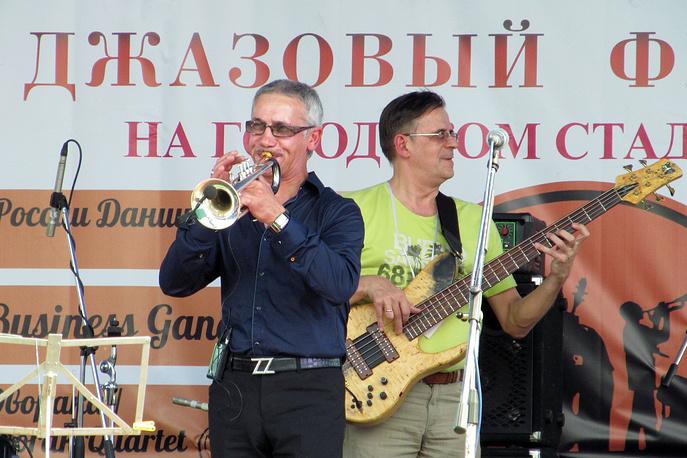 Заслуженный артист РФ, член Американской Гильдии трубачей Сергей Пронь