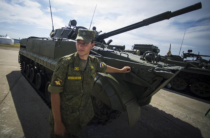 """БМП-3 на международной выставке вооружения, технологий и инноваций """"Оборонэкспо-2014"""""""