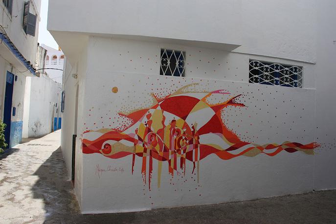 Рисунок на стене одного из домов в медине