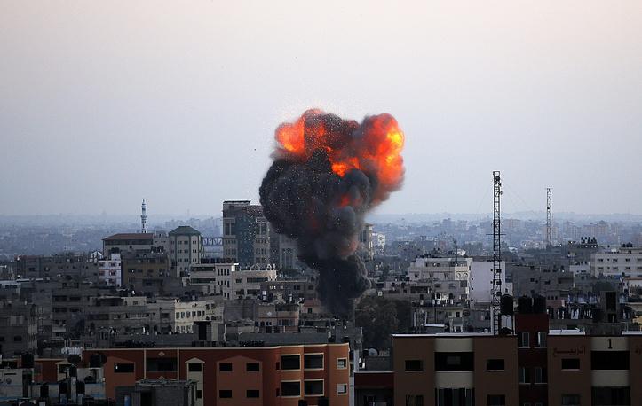 19 августа было прервано перемирие между Израилем и палестинским движением ХАМАС. Израильская армия возобновила нанесение ударов по целям в секторе Газа в ответ на ракетный обстрел территории еврейского государства