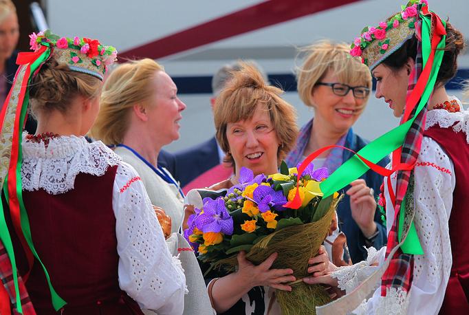 Верховный представитель Евросоюза Кэтрин Эштон прибыла в Минск для обсуждения политической ситуации на Украине