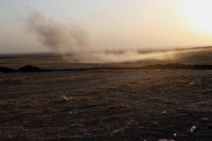 Первые авиаудары были нанесены в районе города Эрбиля в Иракском Курдистане. Спустя месяц после начала операции никто из союзников США не выразил желания принять участие в боевых действиях