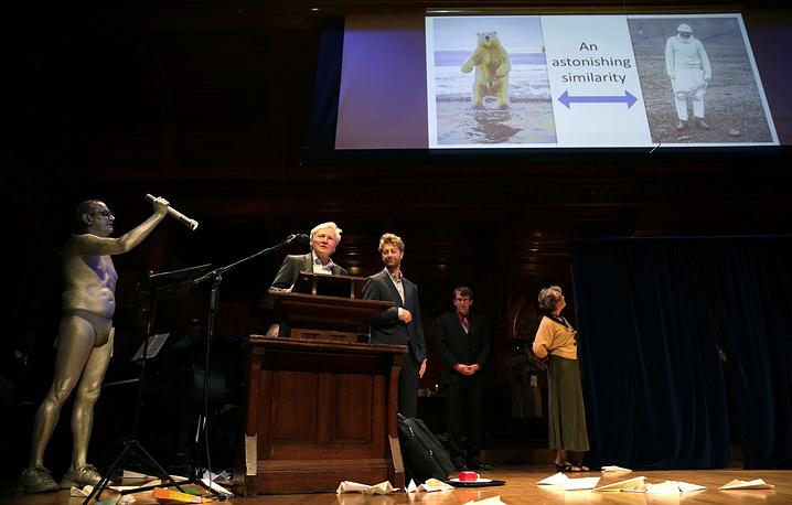 Антинобелевская премия вручается с 1991 года за абсурдные научные открытия
