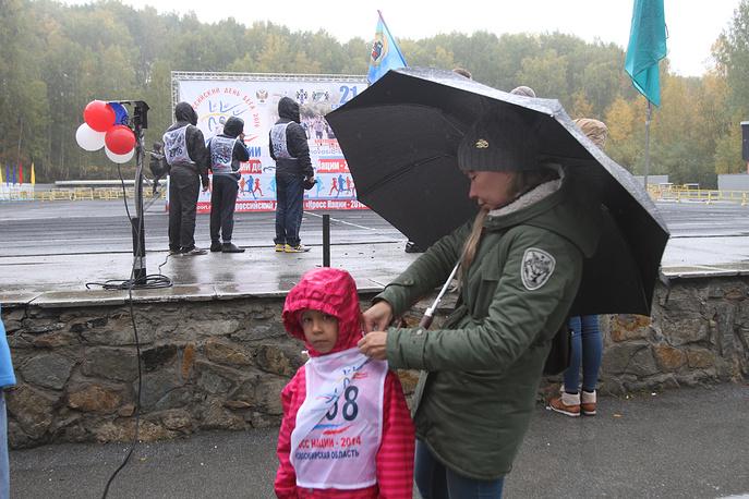 """Участников """"Кросса нации"""" не отпугнули даже сложные погодные условия"""