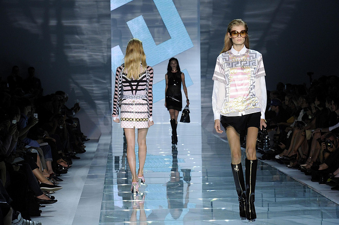 Показ модного дома Versace
