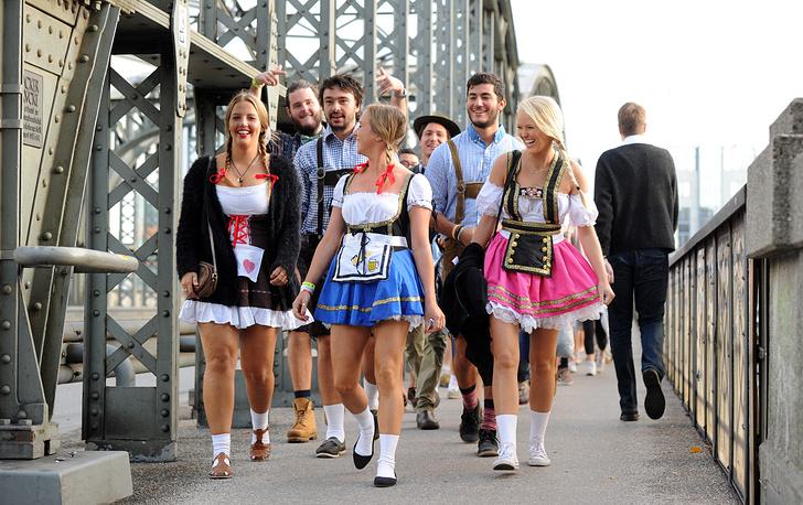 """В этом году """"Октоберфест"""" стартовал в Мюнхене на огромной территории площадью 42 га под названием Терезин Луг"""