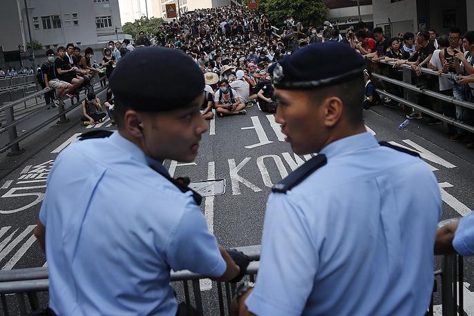 Во вторник акции протеста проходили мирно, без столкновений