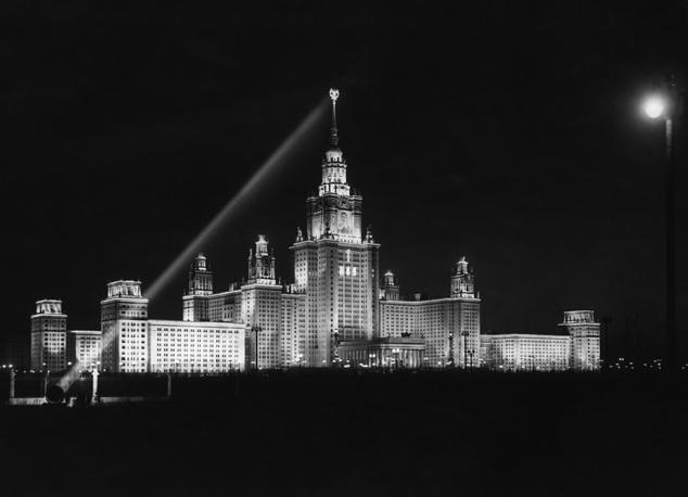 Здание МГУ на Ленинских горах, 1952 год