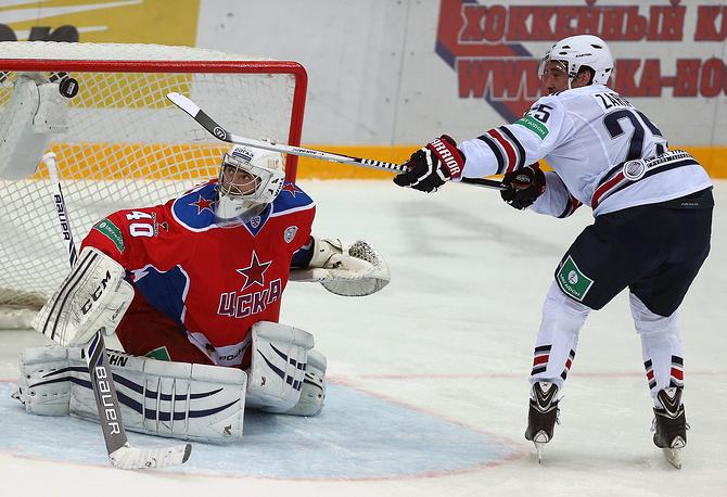 Данис Зарипов поразил ворота Галимова