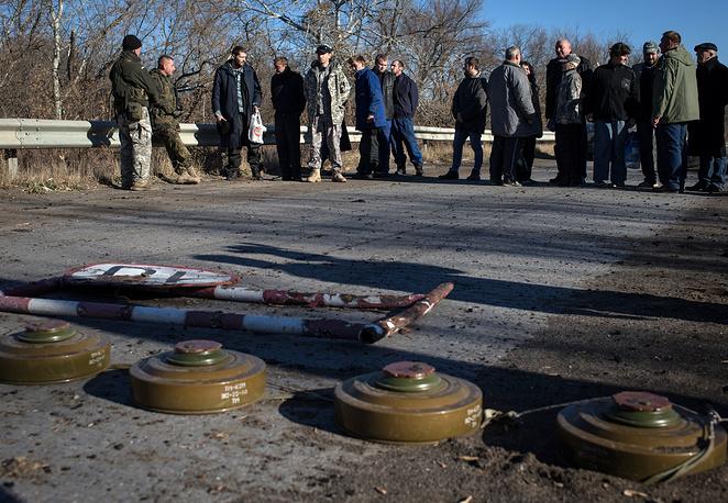 Под Луганском состоялся обмен пленными. Семерых силовиков стороны обменяли на восьмерых ополченцев