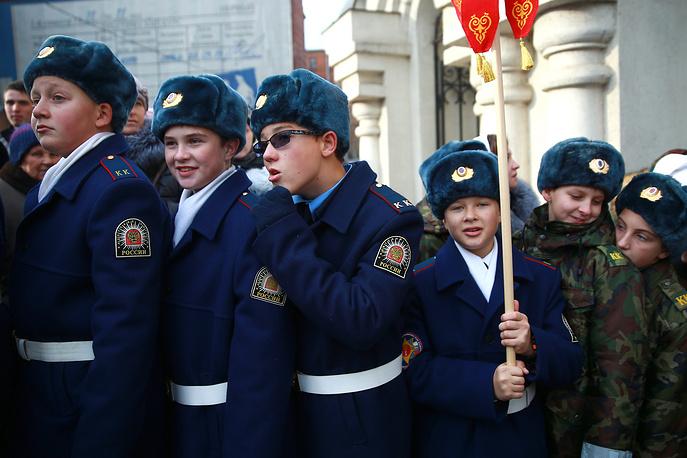Кадеты во время крестного хода, посвященного Дню народного единства, в Иванове