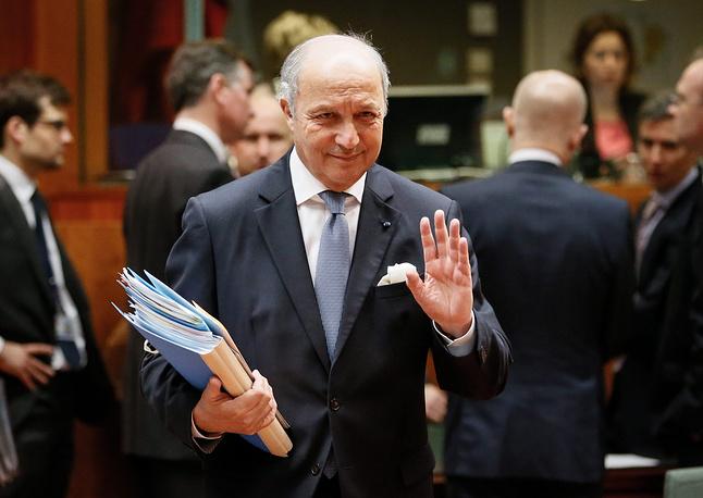 """Министр иностранных дел Франции Лоран Фабиус 6 июня: """"Традиция Франции - выполнять договоренности. То, что предусматривается, это выполнение контракта"""""""