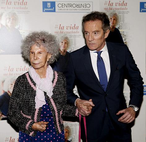 Герцогиня де Альба с супругом, 2013