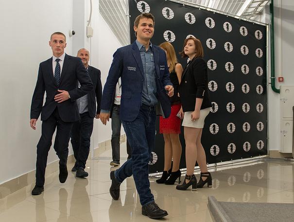 Карлсен выиграл мировое первенство во второй раз в карьере. Норвежец является чемпионом мира 2013 и 2014 годов