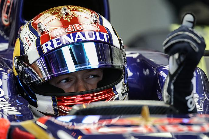 Даниил Квят во время тестовых заездов Гран-при России
