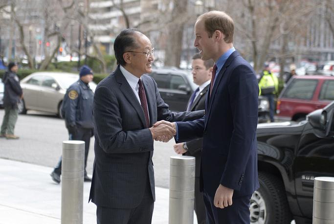 Встреча принца  Уильяма и главы Всемирного банка Джим Ен Кима в Вашингтоне, 8 декабря 2014 года