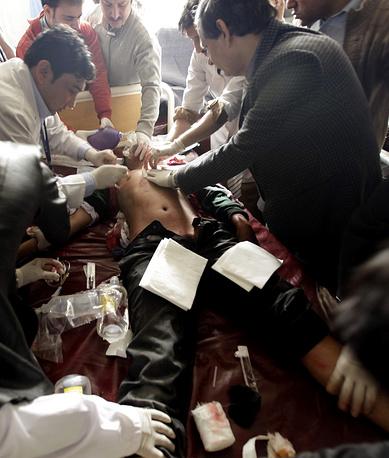Врачи обращаются к населению с просьбой сдавать кровь для раненых