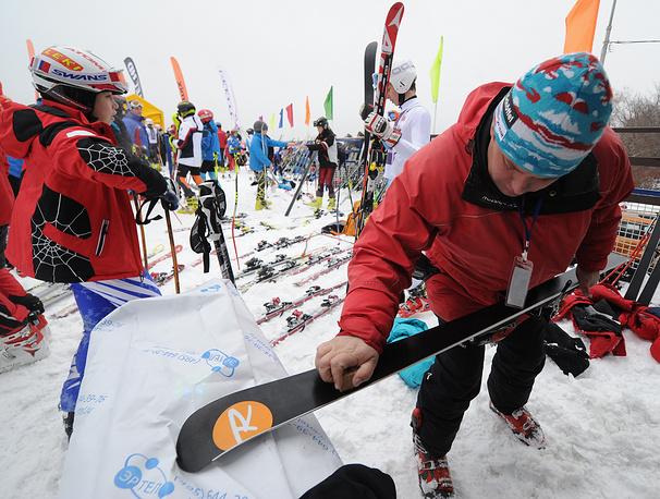 """Любители лыжного спорта на """"Воробьевых горах"""""""
