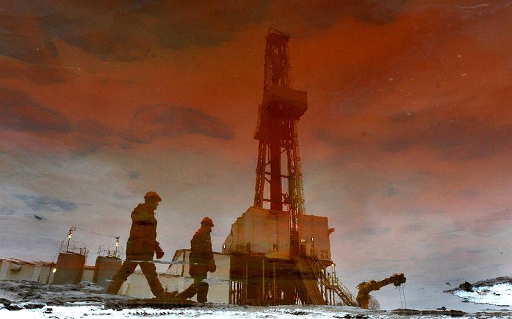 Во вторник 13 января цена нефти опустилась до очередных минимумов. Баррель марки Brent стоил ниже $46